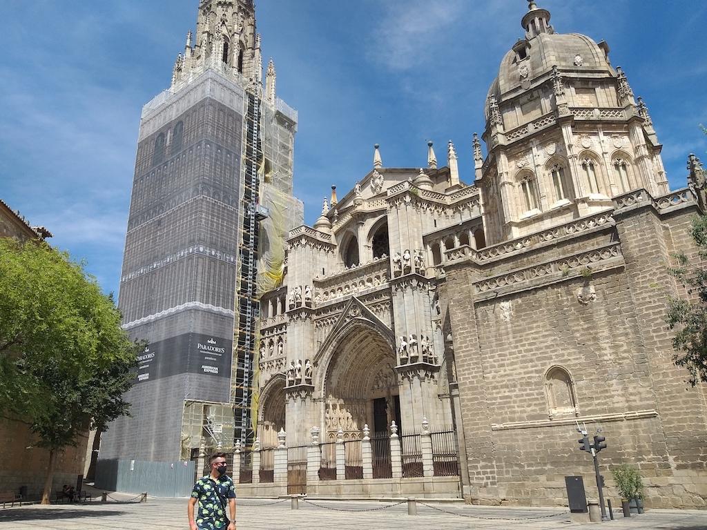 Uno de los monumentos obligados en tu visita a Toledo es su Catedral, también conocida como Catedral Primada de Toledo y terminado en 1493